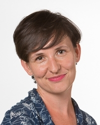 Esther Keymolen